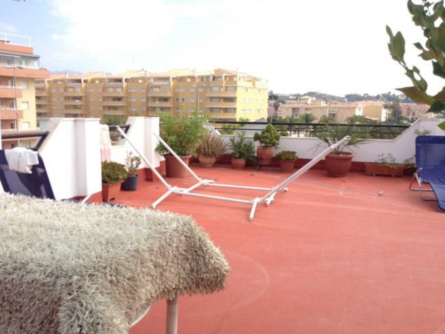 Ático en venta con 111 m2, 4 dormitorios  en Mezquitilla (Vélez-Málaga