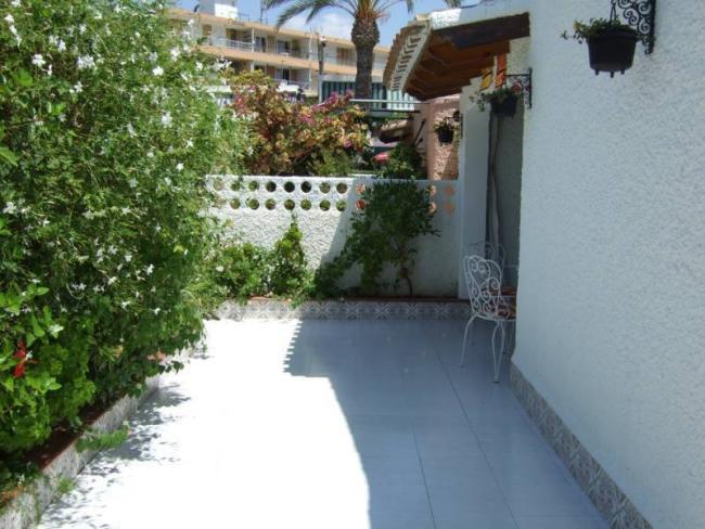 Casa en venta con 80 m2, 3 dormitorios  en Puerto de Mazarrón, BAHÍA