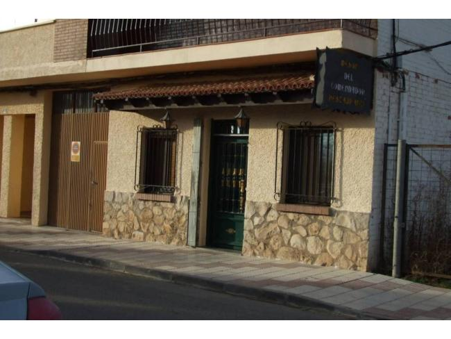 Local en venta con 140 m2,  en Yunquera de Henares, CENTRO