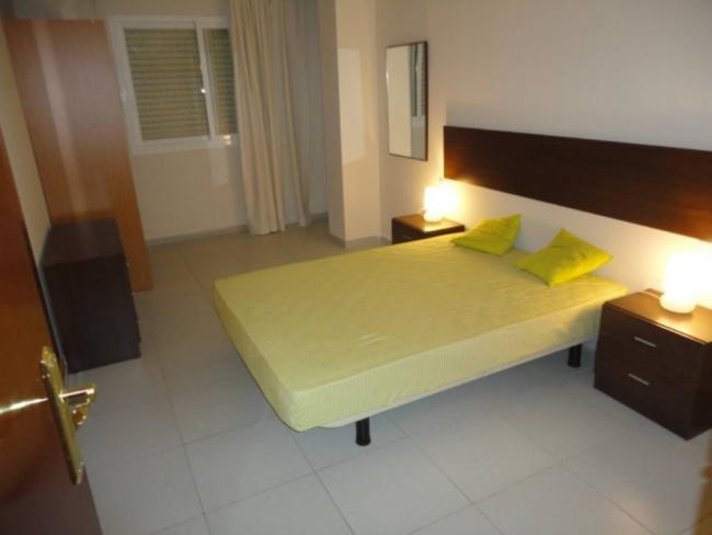 Piso en venta con 65 m2, 2 dormitorios  en Joc de la Bola, Camp d'Espo