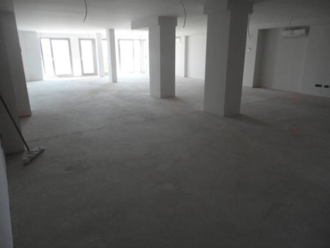 Oficina en alquiler con 360 m2,  en Centre Històric (Lleida), PLAZA SA