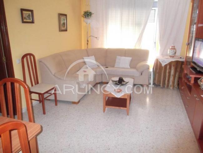 Piso en alquiler con 90 m2, 3 dormitorios  en Utrera, CAMPOVERDE  - Foto 1