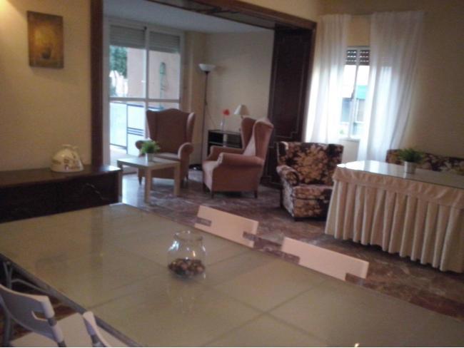 Piso en alquiler con 200 m2, 4 dormitorios  en Nervión - San Pablo ...  - Foto 1