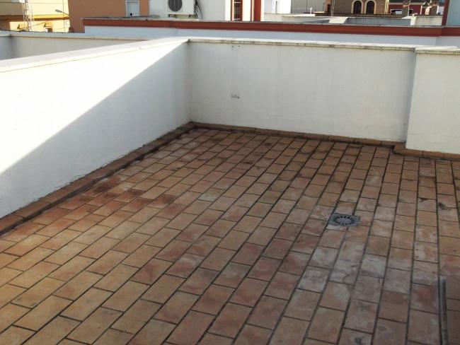 Casa en alquiler con 105 m2, 3 dormitorios  en Chiclana de la Frontera
