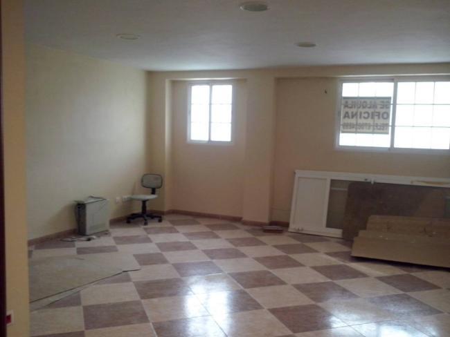 Local en alquiler con 70 m2, 2 dormitorios  en Chiclana de la Frontera  - Foto 1