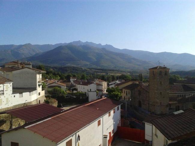 Piso en venta con 60 m2, 3 dormitorios  en Madrigal de la Vera, IGLESI