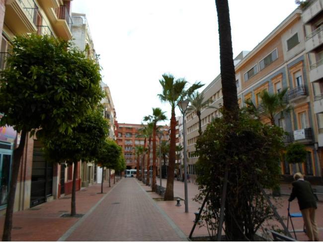 Oficina en alquiler con 120 m2,  en Centro (Huelva), CENTRO