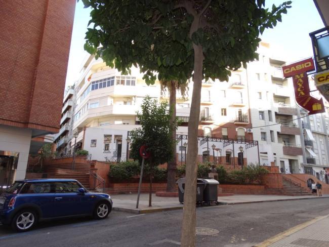 Local en alquiler con 195 m2, 1 dormitorios  en Pescadería, Zafra (...  - Foto 1